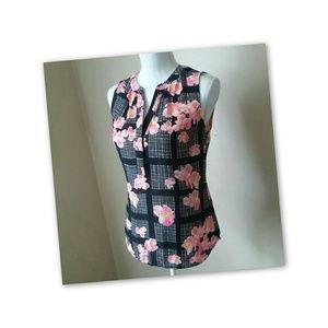 Banana republic sleeveless blouse